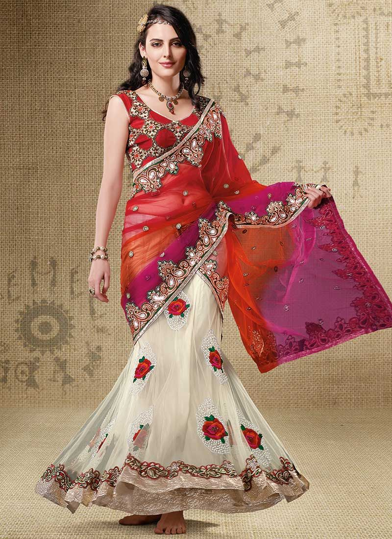 The Fascinating Collection of Sarees: Best To Manifest Style